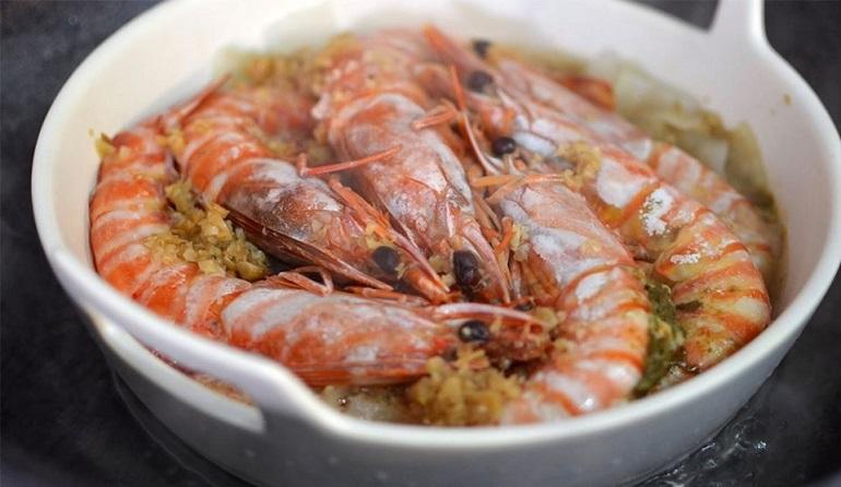蒜蓉粄條蒸大蝦