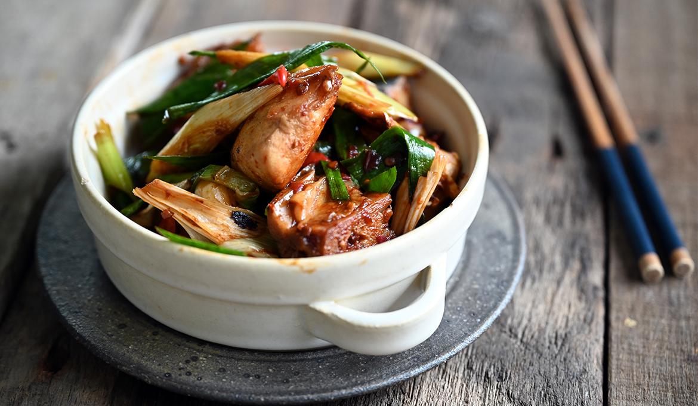 馬加魚(土魠)魚肉骨炒蒜仔
