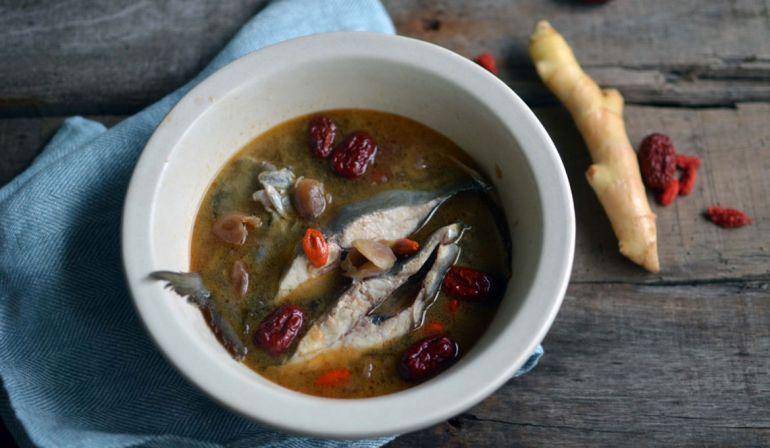 麻油黑鯧魚湯
