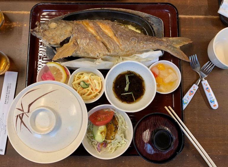 奶油蒜泥鐵板姬鯛魚