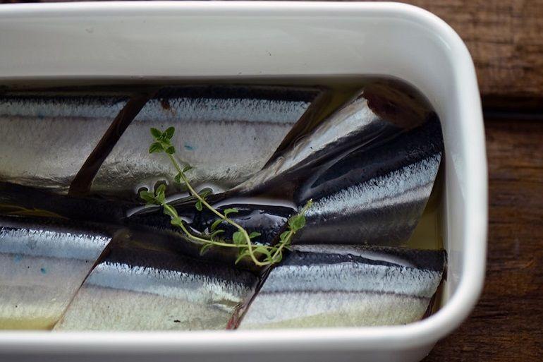 油漬秋刀魚