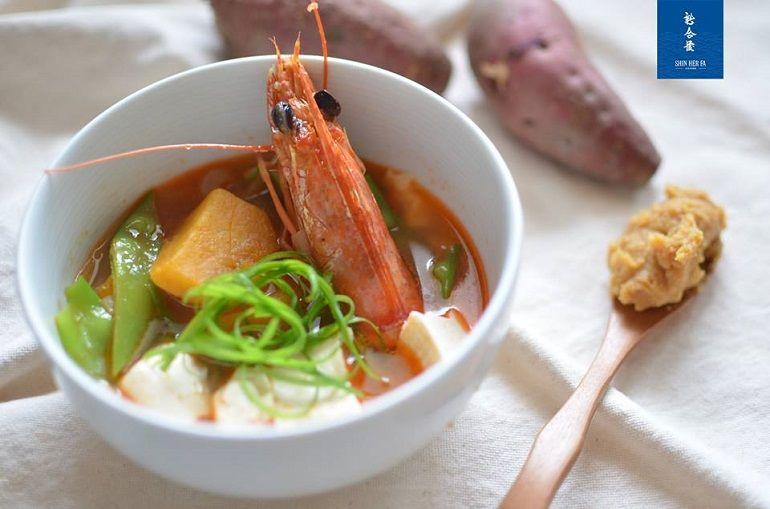 明蝦頭栗子地瓜味噌湯