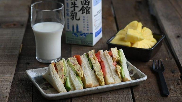 櫻花蝦蛋蛋三明治