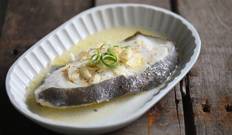 紙包奶油蒜香鱈魚(大比目魚)