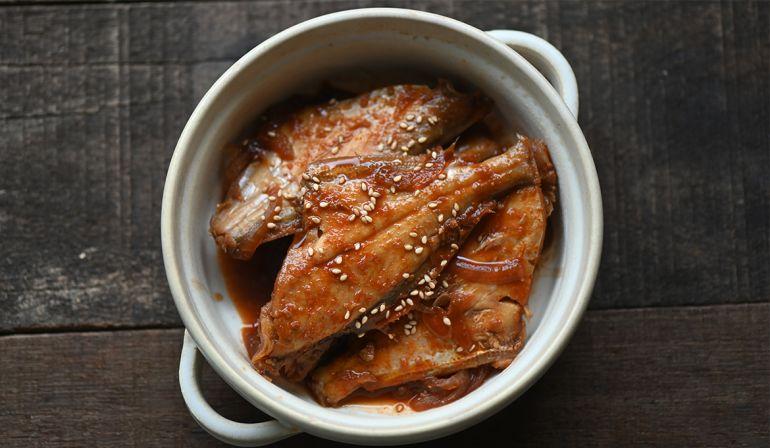 辣味增燉煮剝皮魚