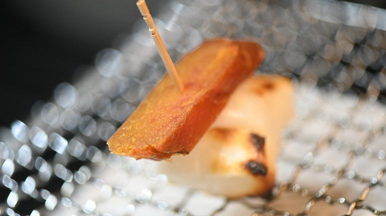烤麻糬包烏魚子