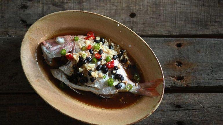 蒜末豆豉蒸盤仔魚