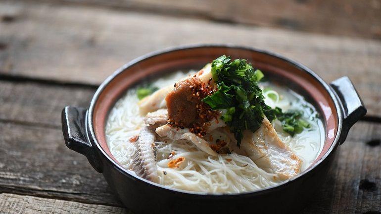 剝皮魚濃白魚湯味噌米粉