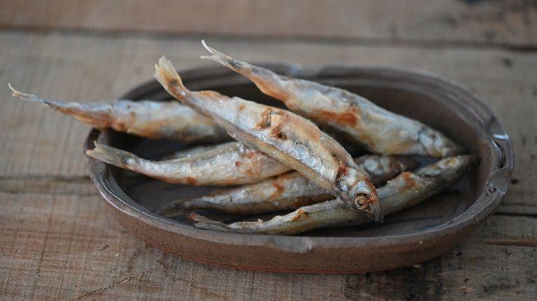 酥炸柳葉魚